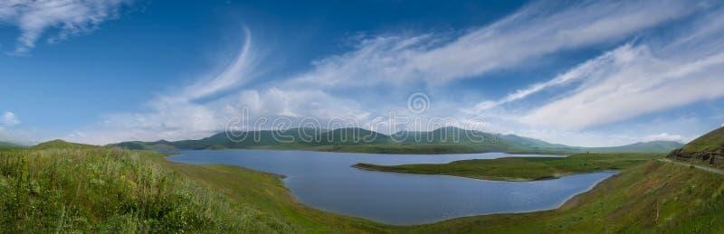Panarama van Spandaryan-Reservoir in Syunik-gebied stock foto's