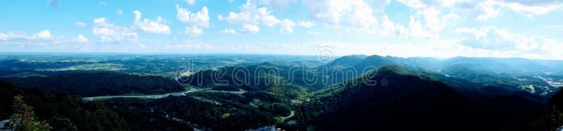 Panaroma de montañas y de Kentucky suroriental admitido valles imágenes de archivo libres de regalías