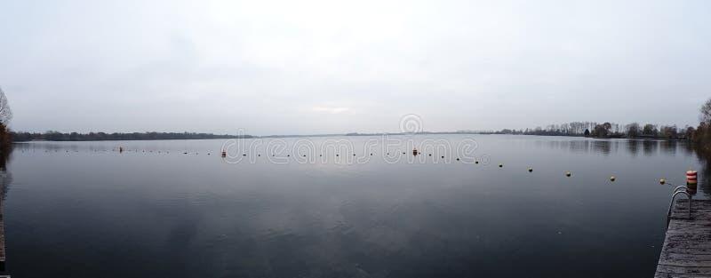 Panaromic sikt av sjön Ankeveense Plassen arkivfoton