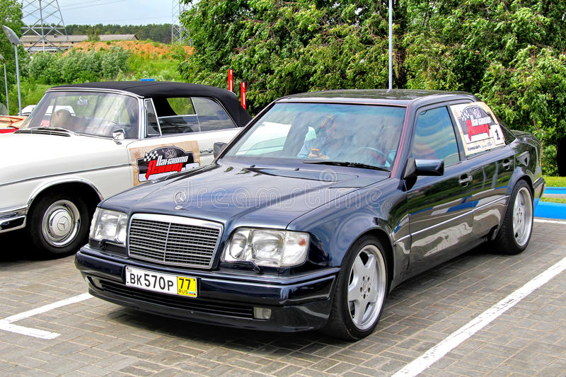 Download Panauto Travel 2012 editorial photo. Image of benz, german - 26827691
