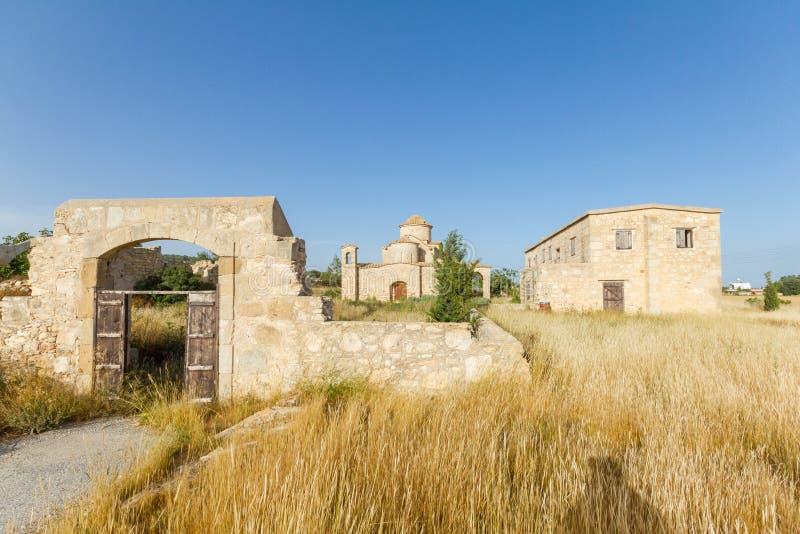 Panayia Kanakaria monasteru kościół, Cypr całkowity widok obrazy stock