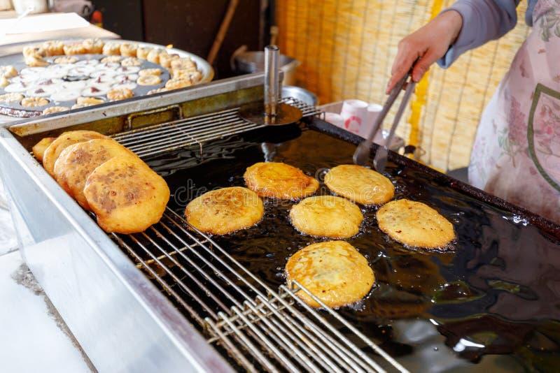 Pancake coreano - Hotteok immagini stock