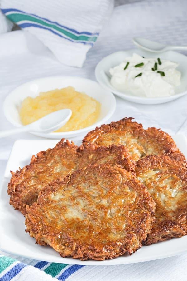 Pancake di patata casalinghi fotografia stock