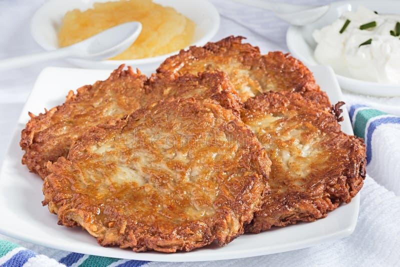 Pancake di patata casalinghi immagine stock libera da diritti