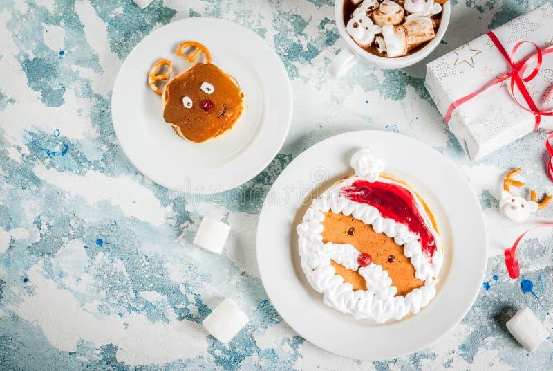 Pancake divertenti di Natale per i bambini fotografia stock