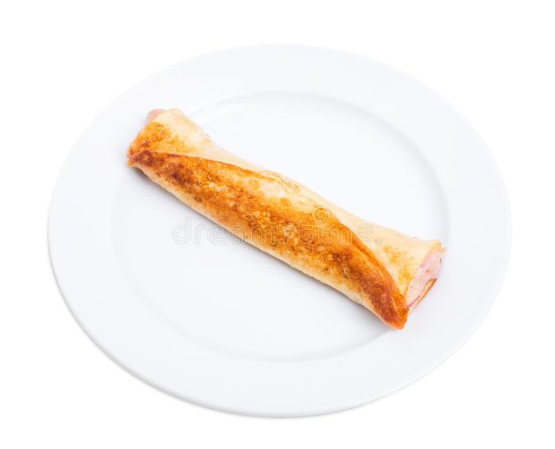 Pancake russo con la marmellata di amarene immagini stock