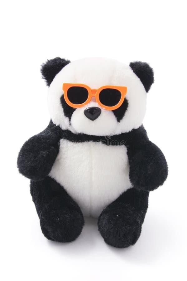 Panda macia do brinquedo com óculos de sol fotografia de stock royalty free