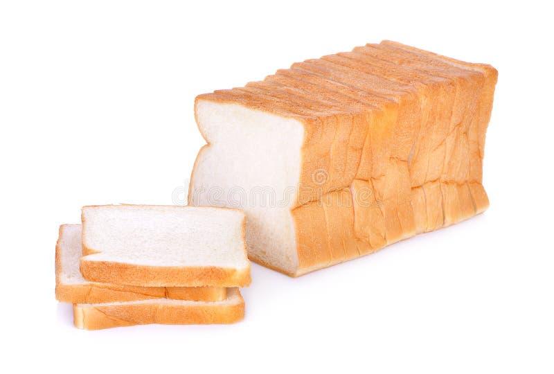Pane affettato isolato su un fondo bianco immagini stock libere da diritti