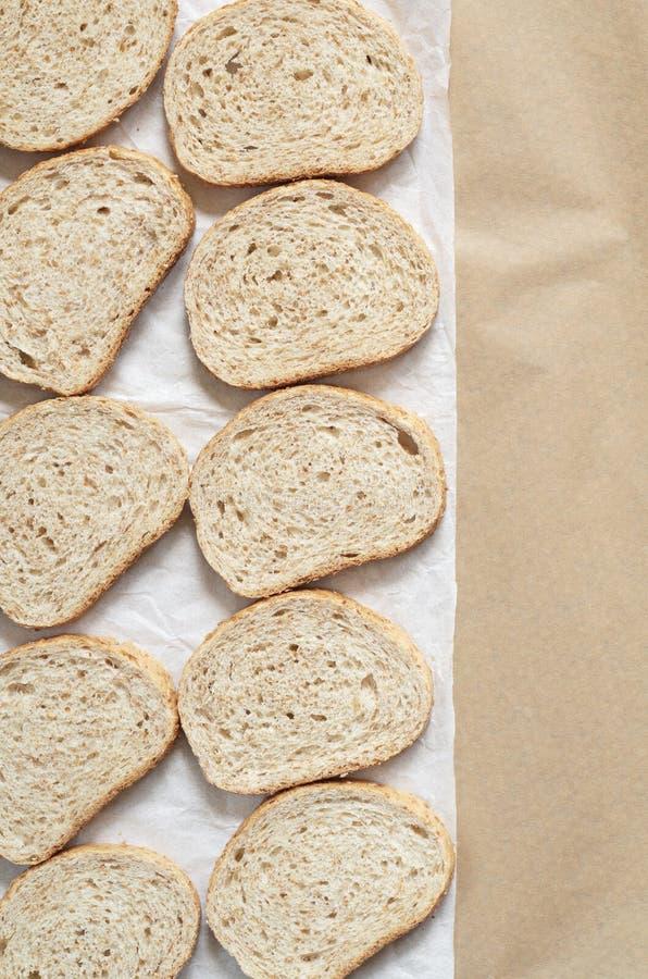 Pane con crusca di frumento immagini stock libere da diritti