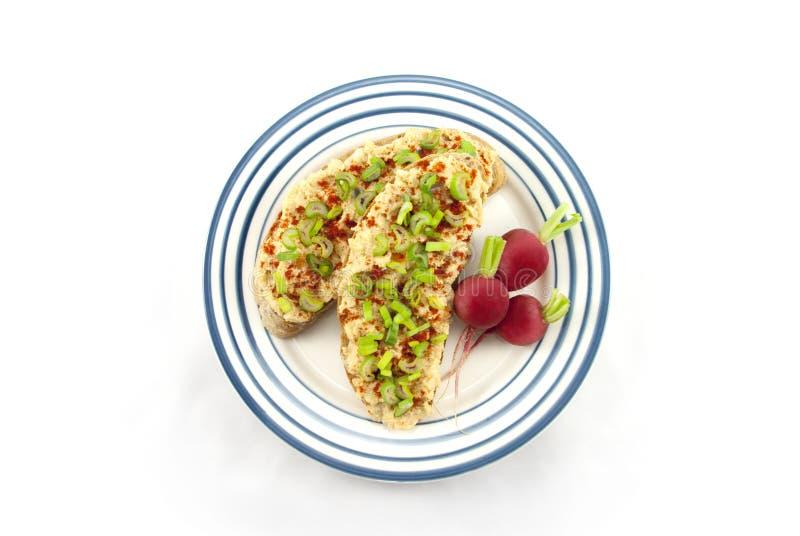 Pane con la diffusione ed il tofu della lenticchia rossa immagine stock libera da diritti
