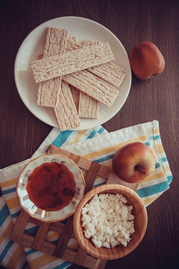 Pane croccante dietetico con miele immagine stock
