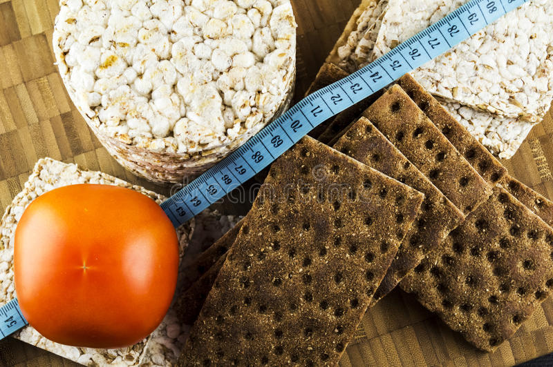 Pane croccante e pomodori immagine stock libera da diritti