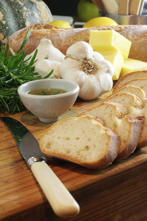 Pane di aglio & olio di rosmarino immagine stock