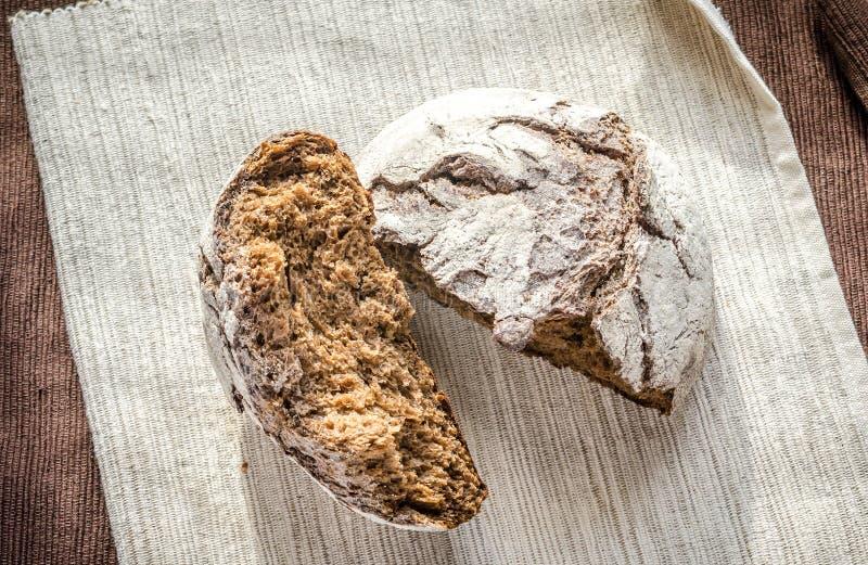 Pane di segale scuro fotografia stock