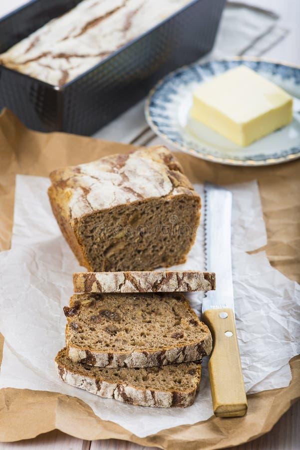 Pane e burro della segale immagine stock
