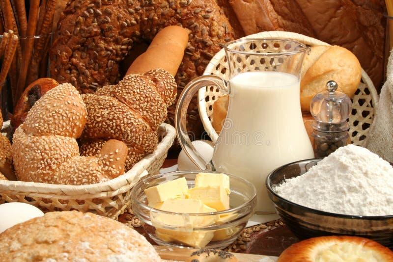 Pane, farina, latte, burro immagini stock libere da diritti
