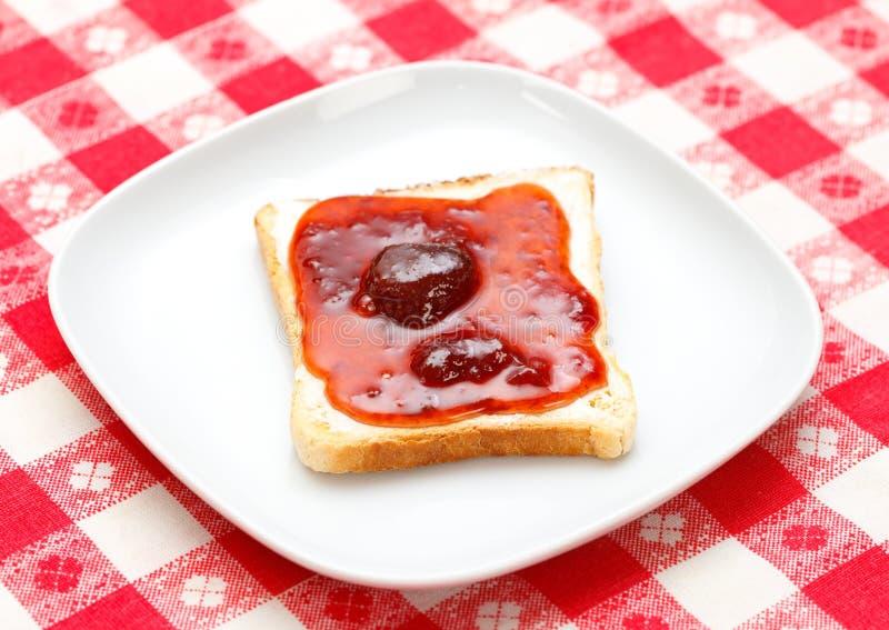 Pane tostato con ostruzione fotografie stock libere da diritti