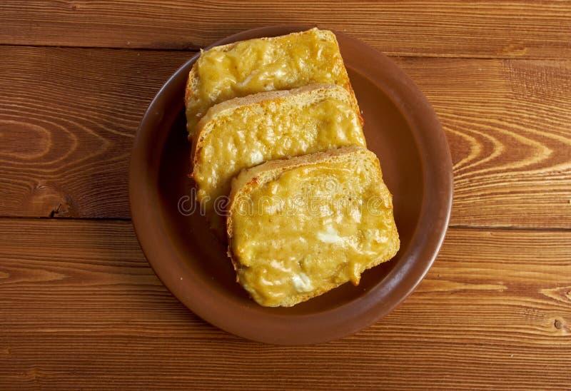 Pane tostato e formaggio fuso fotografie stock libere da diritti