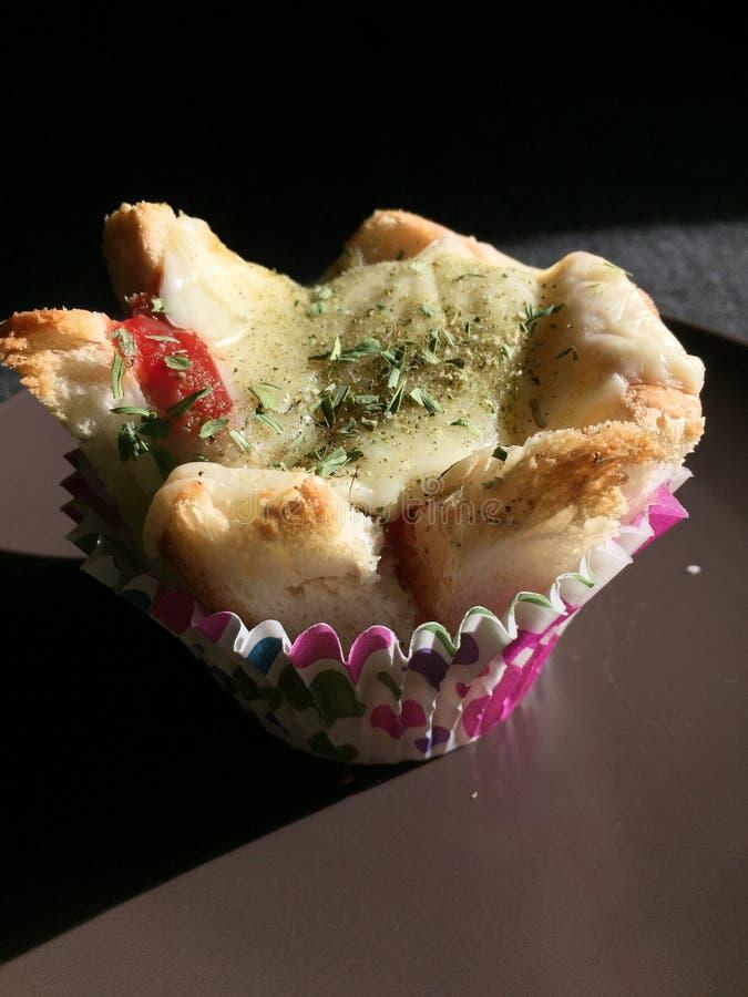 Pane tostato nello stile dei muffin immagini stock
