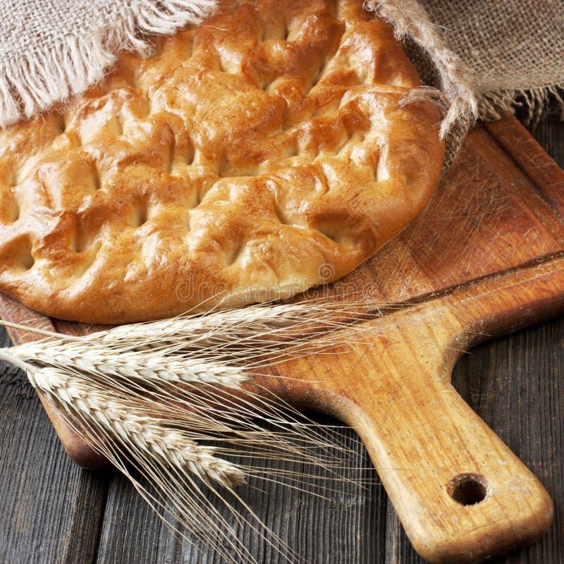 Pane tradizionale di recente al forno del turco fotografia stock libera da diritti