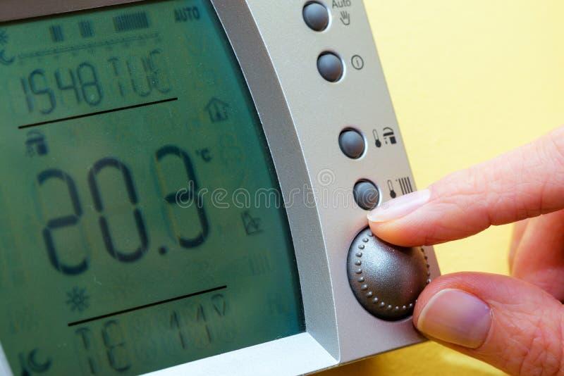 Panel de control de la caldera de gas para la agua caliente y la calefacción copia foto de archivo