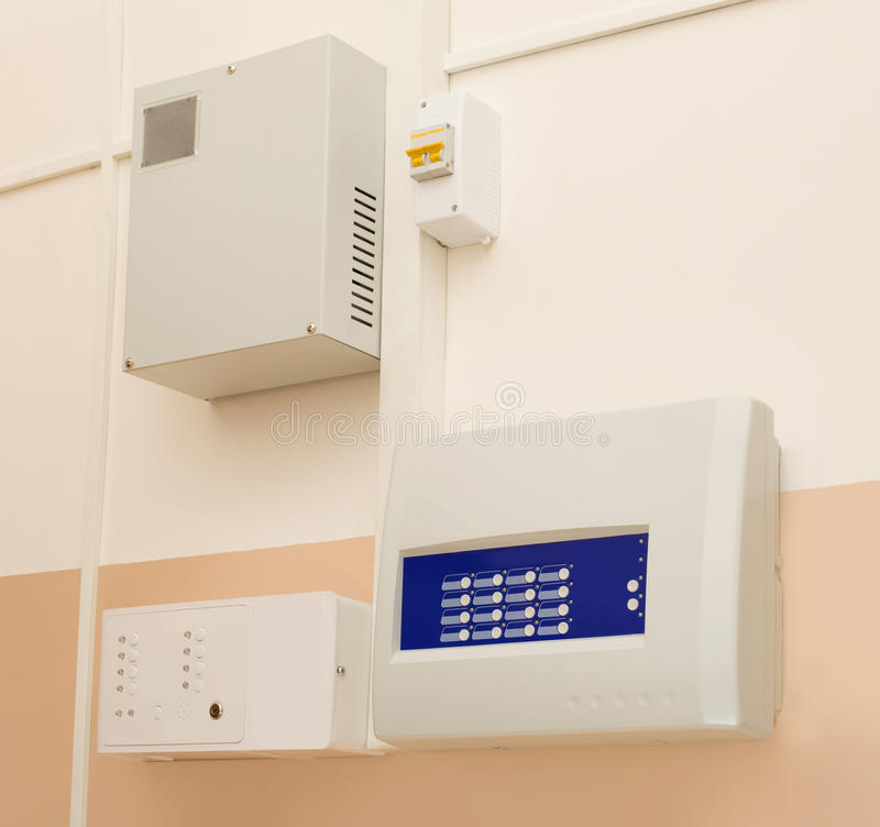 Panel de control la alarma de incendio imágenes de archivo libres de regalías