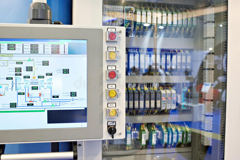 Panel de control para el automatics de motores y de bombas fotos de archivo