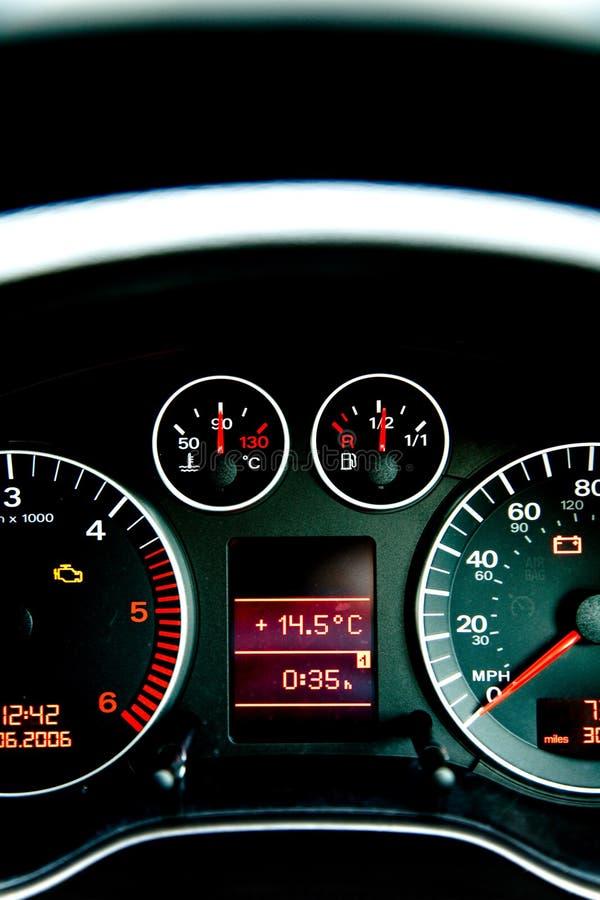 Panel de instrumentos de del coche imágenes de archivo libres de regalías
