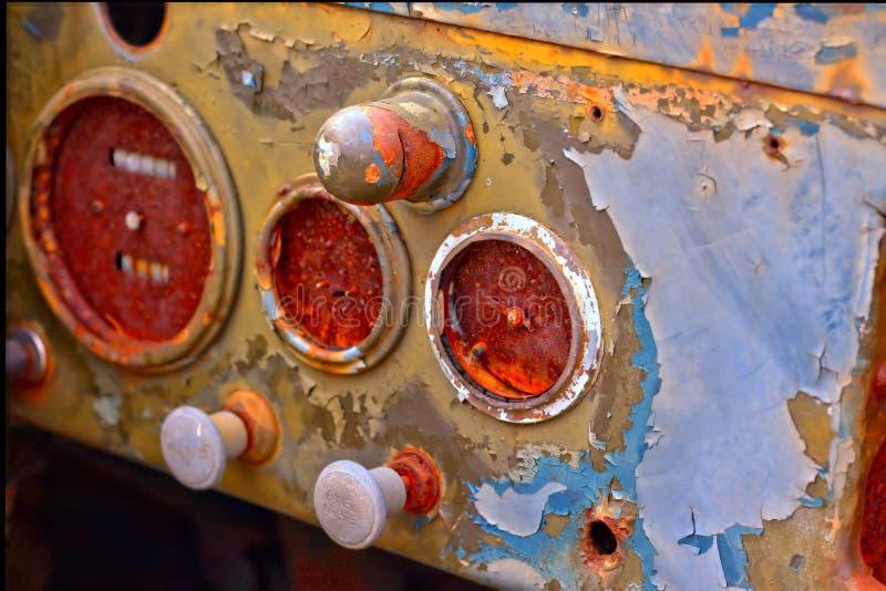 Panel manparo del coche antiguo imagenes de archivo