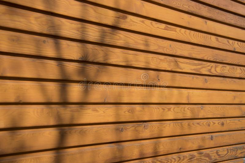 Paneling de madeira na casa fotos de stock