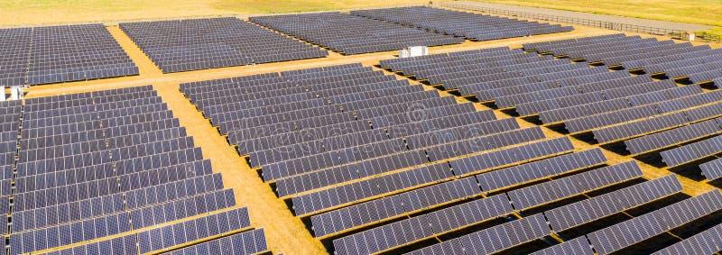 panels photovoltaic sol- royaltyfri fotografi