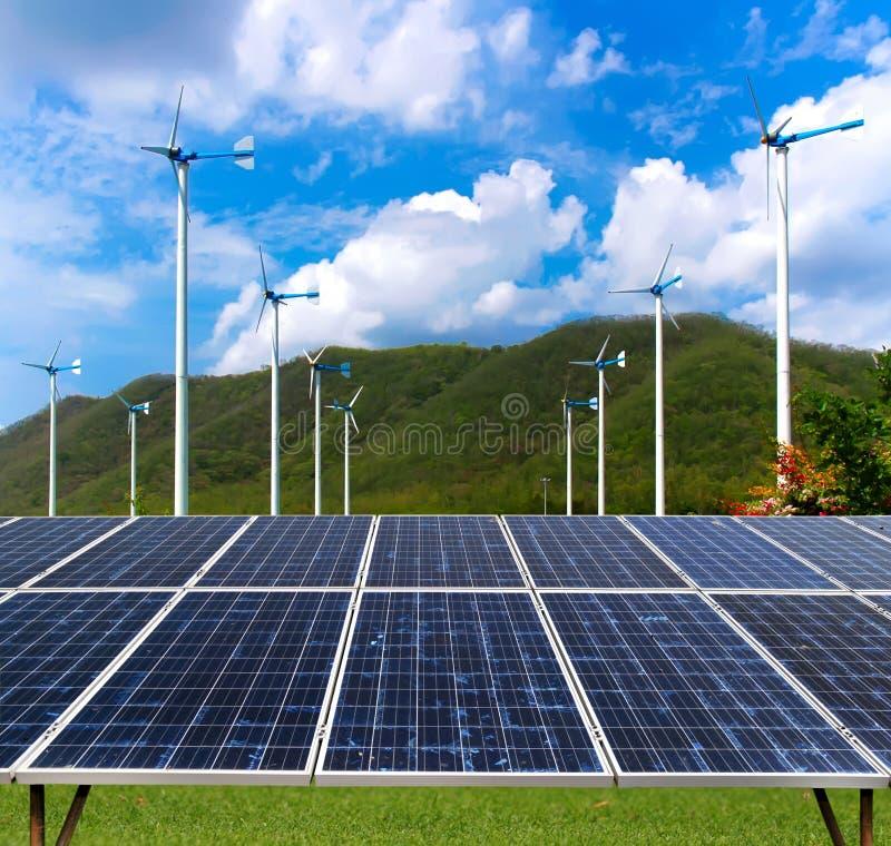 panelu słoneczny turbina wiatr fotografia stock