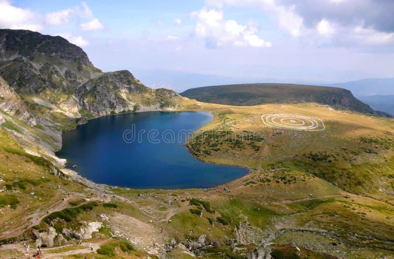 Paneurhythmy y riñón del lago en la montaña de Rila en Bulgaria fotografía de archivo libre de regalías
