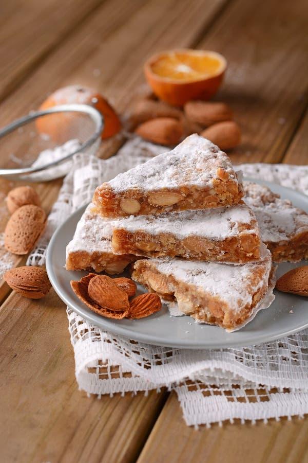Panforte de Siena - torta italiana tradicional de la Navidad con almo fotografía de archivo