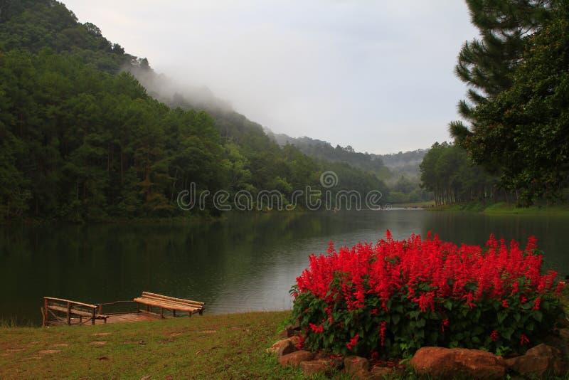 PangAung Tailandia del Nord Lakeview fotografie stock