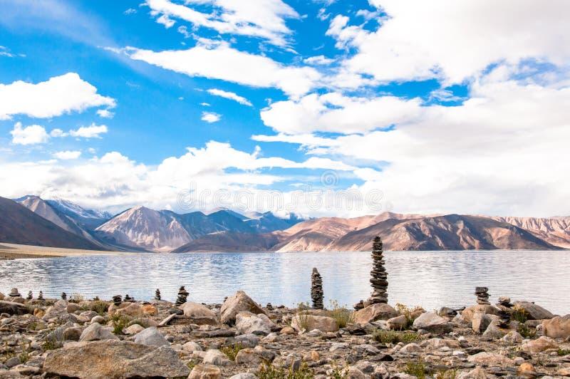 Pangongmeer, Leh, Ladakh, India royalty-vrije stock afbeeldingen