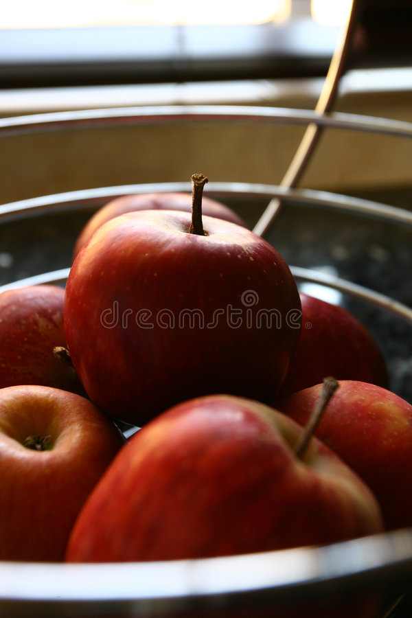 Panier d'Apple photo stock