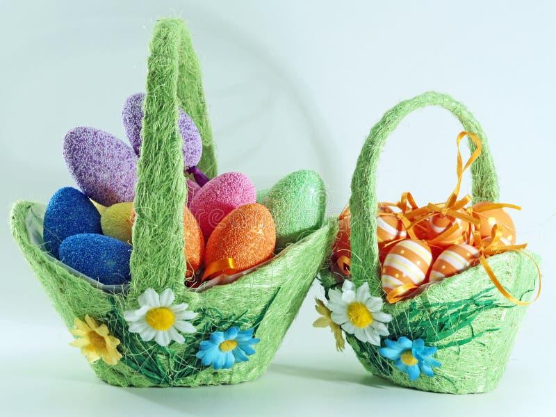 Panier de deux Pâques photo stock