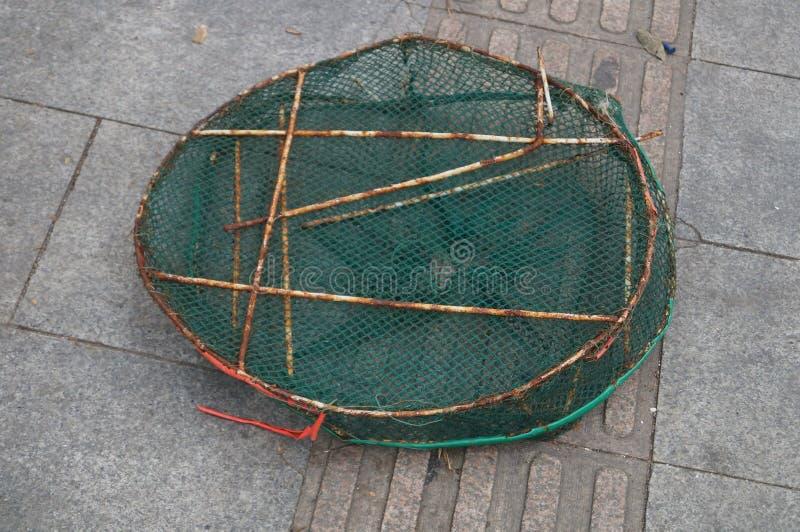 Download Panier de poissons photo stock. Image du objet, extérieur - 56482984