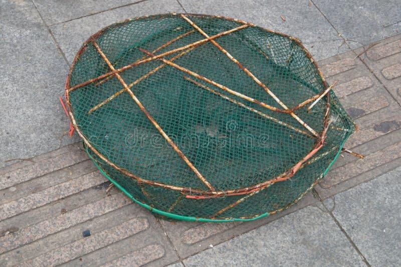 Download Panier de poissons photo stock. Image du outils, filet - 56483108