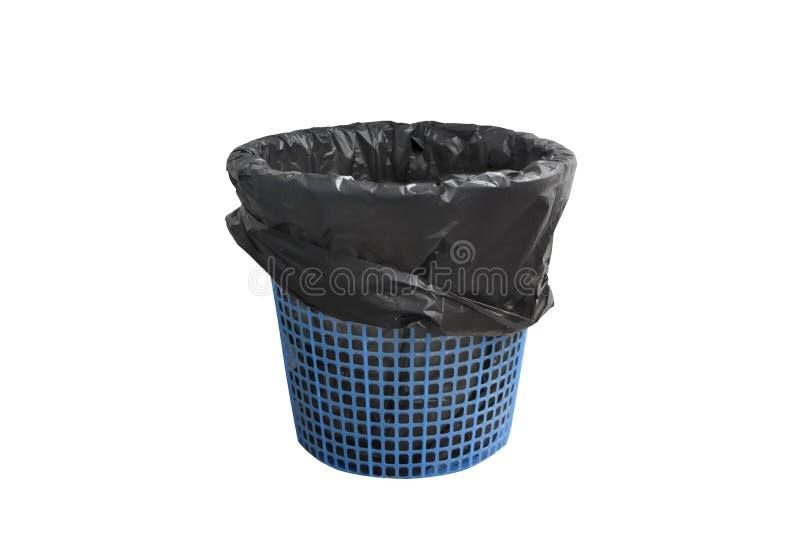 Panier de poubelle de déchets avec le sac noir vide mais sans couverture, d'isolement sur le fond blanc avec le chemin de coupure image libre de droits