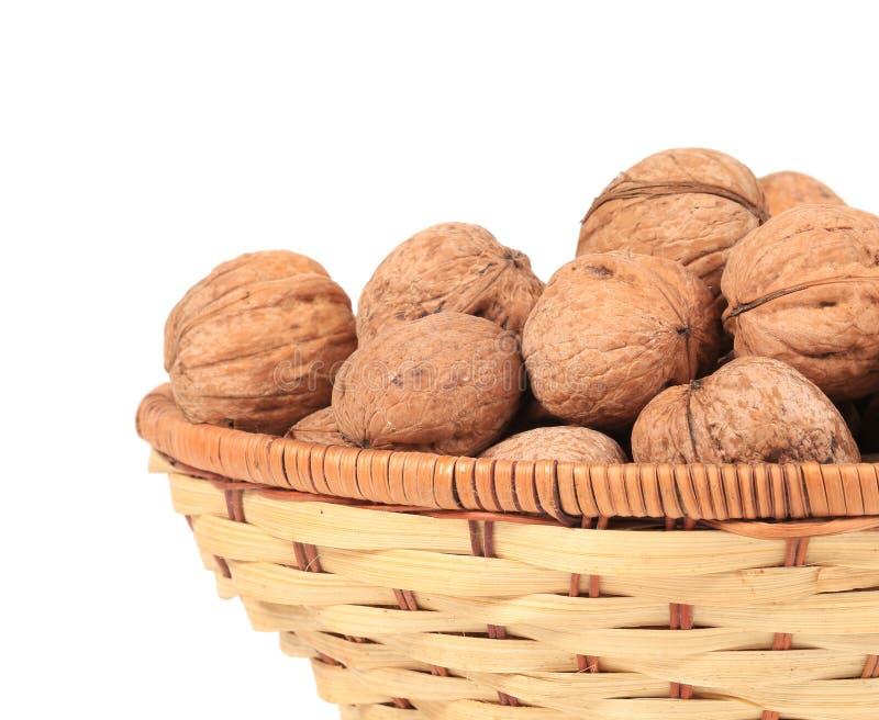 Panier des noix. photos stock