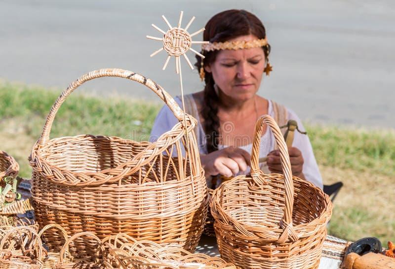 Paniers en osier faits main traditionnels photos libres de droits