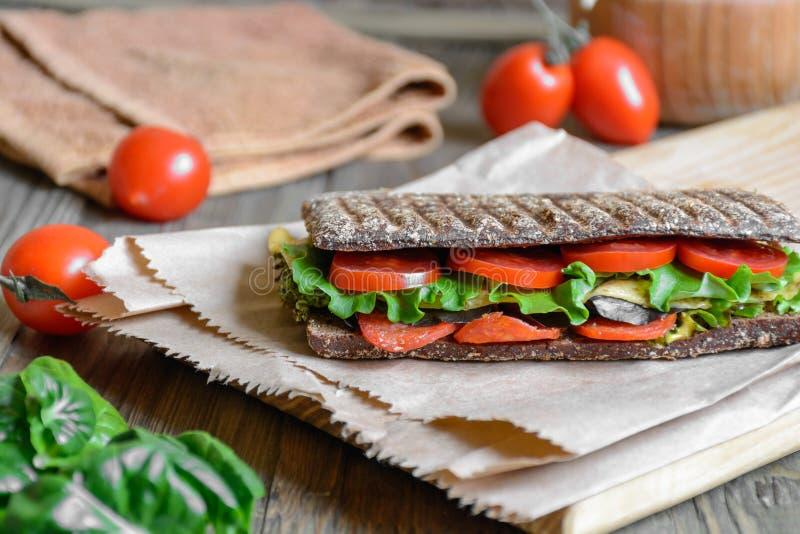 Panini - sanduíche com pão de mistura foto de stock