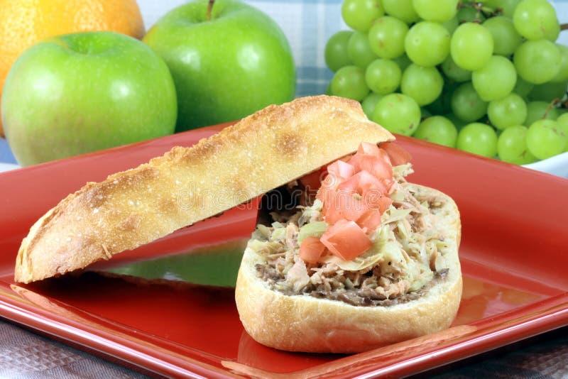 Download Panino Mediterraneo Squisito Dello Sgombro Immagine Stock - Immagine di ristorante, breakfast: 7300711