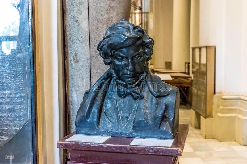 Panka Jean-François Champollion i museum av Kairo royaltyfria bilder