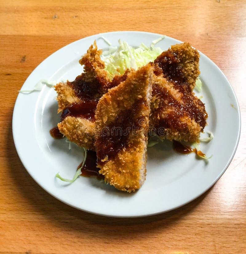 Panko panierte japanische Art der Schweinefleischstücke lizenzfreie stockfotos
