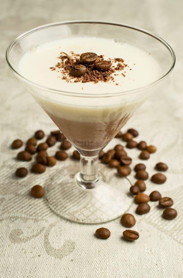 Panna cotta della vaniglia e del cioccolato immagine stock