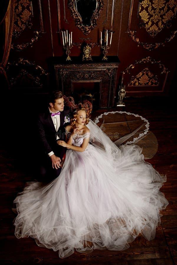 panna młoda piękny fornal zdjęcia royalty free