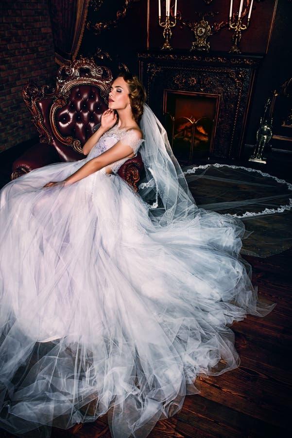 panna młoda sukienka ślub obrazy stock